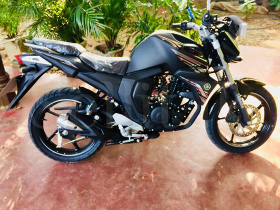 Yamaha FZ 2017 Bike