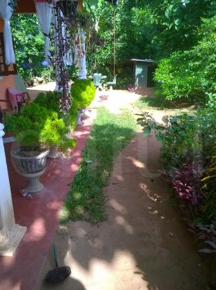 House in Mirigama for sale