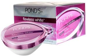 Flawless White Night Cream (Pond's)