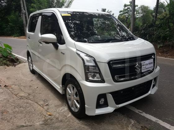 Suzuki WagonR Stingray hybrid – Pearl White (safety package) unregisted