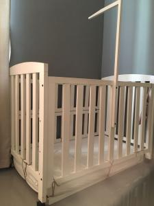 Baby cots for sale