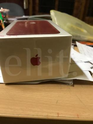 Apple 7 red