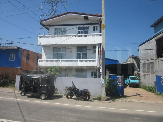 3 Story Building for rent in Kotikawatta