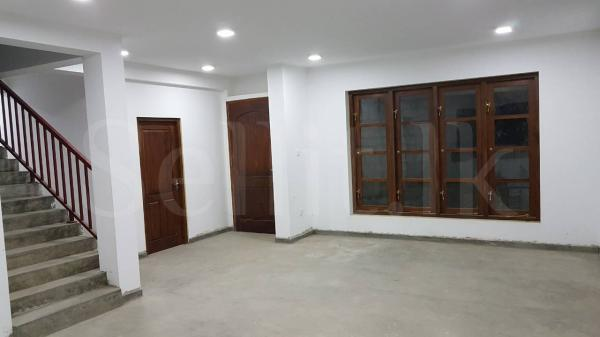 House/Office for Rent Kohuwala (3,000 sqft)