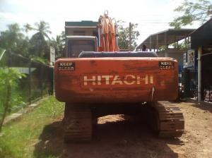 Hitachi Excavator EX 200-5 for sale in Pannala