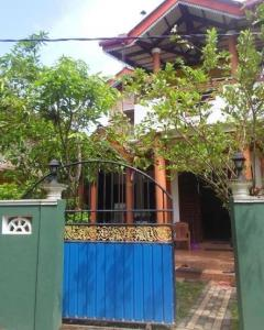 Two Story House for sale or Rent Ambalangoda Town