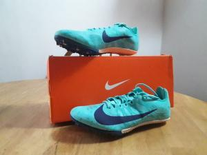 NIKE SPIKES (BRAND NEW) UK SIZE 5