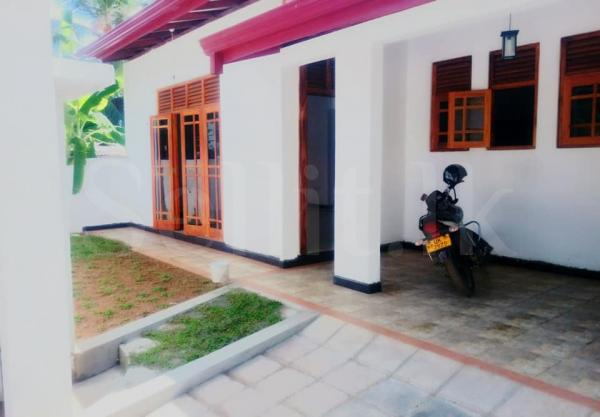 Brand New Mordern House for sale in Kahathuduwa