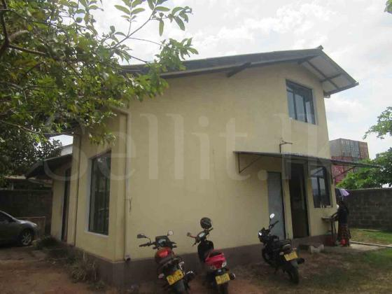 Two storied Building for Sale in Welisara