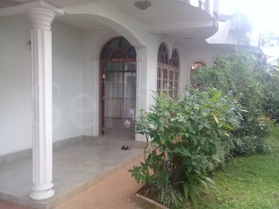 Houses for Rent in Thalawathugoda, Madiwela ,Kotte