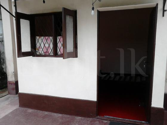 Room for Rent in Moratuwa (Near Galle Road)