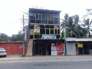 Building for rent in Malabe