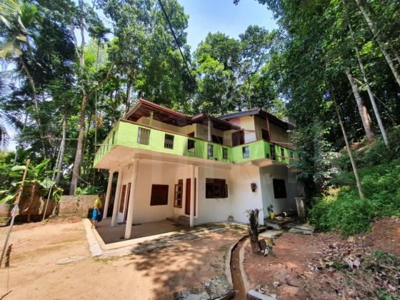 House 200m to pilimathalwa town