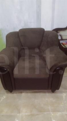 Brand new singer sofa